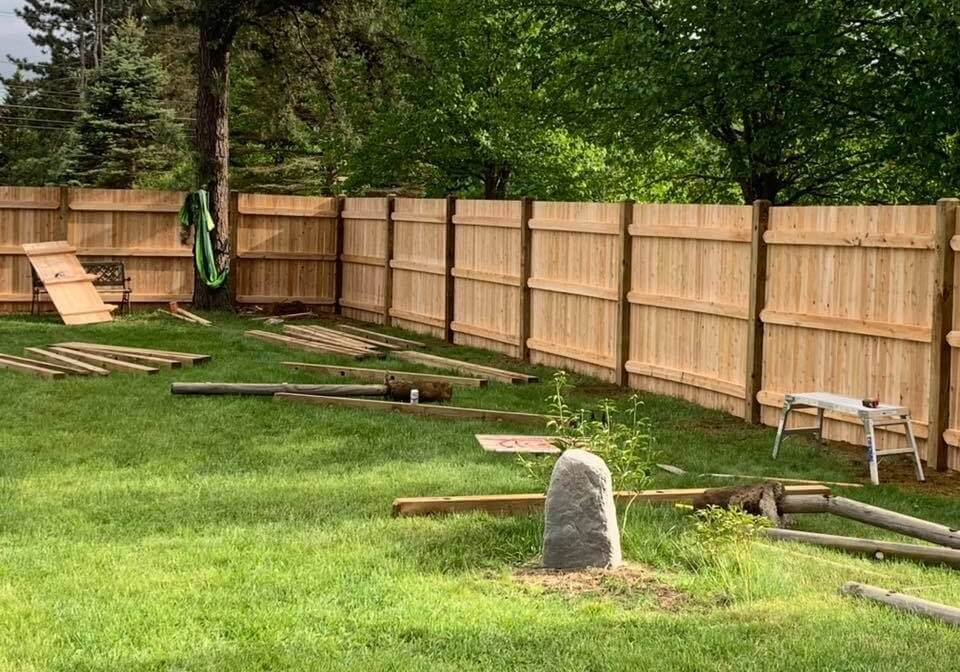 stockade fence companies in nashua